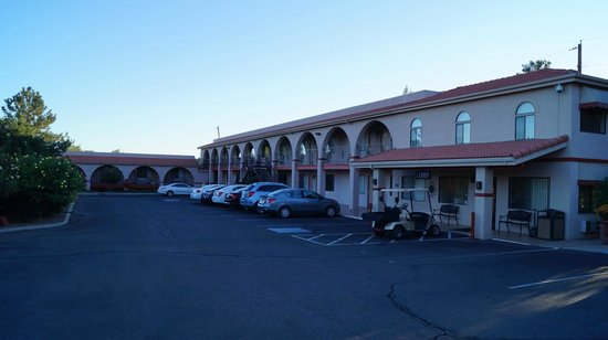 Days Inn Sedona: Vue extérieure