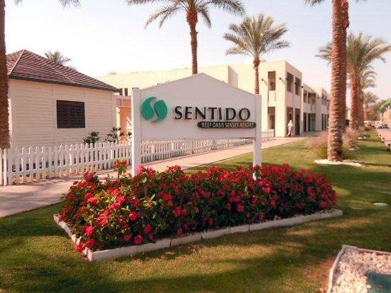 SENTIDO Reef Oasis Senses Resort : Hotel Entrance