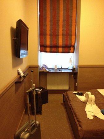 Central Hotel 21: La chambre