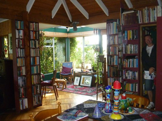 Ranui Retreat Bed and Breakfast: A beautiful space.