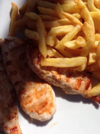 Jojo's Bar : Griddled chicken and chips from the €5 lunch menu