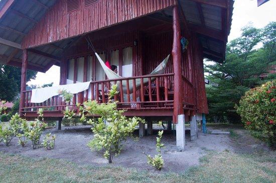 Candle Hut Resort: удобный гамак