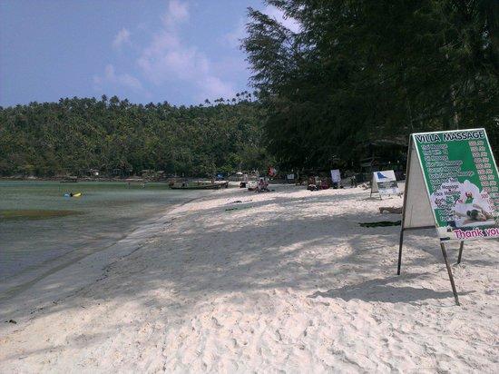 My Way Bungalows: Strandabschnitt, ca 100m rechts Restaurant von My Way