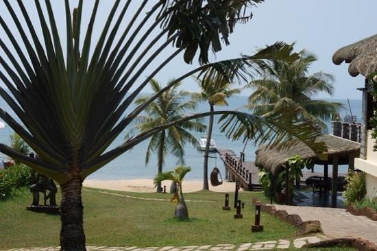 Chen Sea Resort & Spa Phu Quoc: restaurant et embarcadere