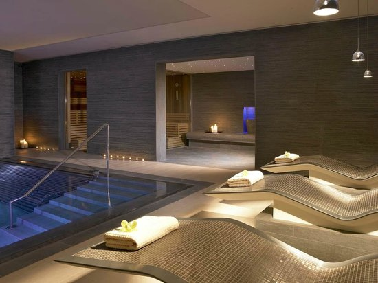 Spa thermal suite picture of maryborough hotel spa for Hotel spa 13