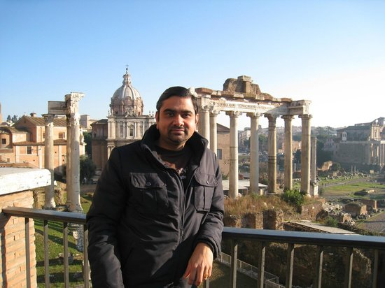 Angel Tours Rome : View of Roman Forum from Castle St Angelo