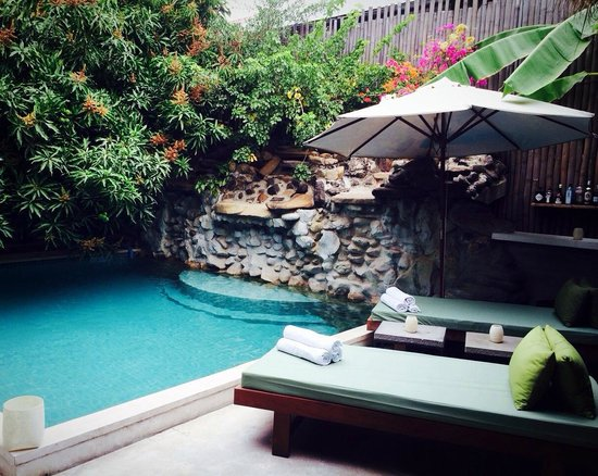 The Governors House Boutique Hotel Phnom Penh: Lovely cosy pool