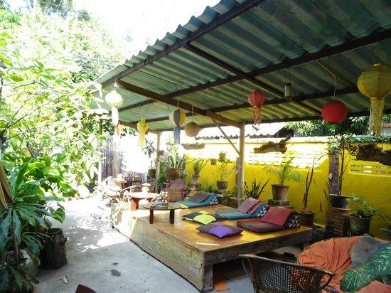Julie Guest House : terrasse