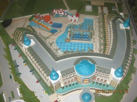 Crystal Sunset Luxury Resort & Spa: Hotelgelände