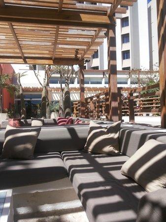Novotel Dakar: amazing pool area
