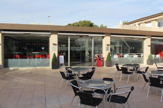 Camping Arena Blanca: Teraza restaurante