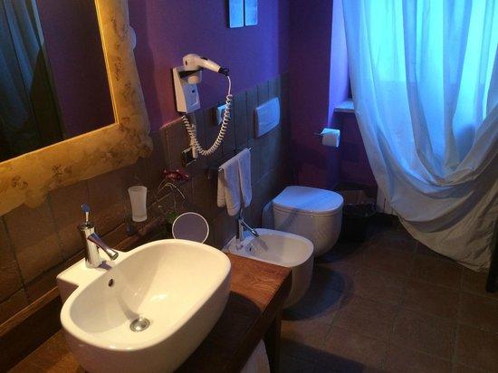 Hotel Cristallo - bedroom