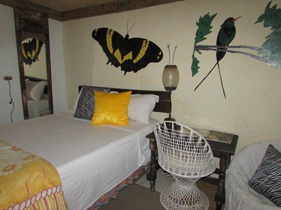 RafJam's Bed & Breakfast : Birds nest