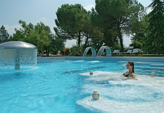 Hotel Terme Neroniane: PISCINA SCOPERTA