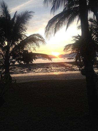 Panwa Boutique Beach Resort : Sunset