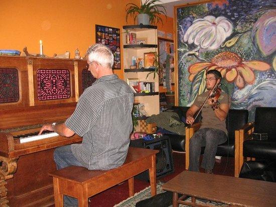 Auberge Internationale des Iles de la Madeleine : Espace salon