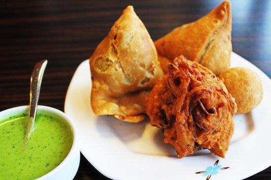 Lily's Vegetarian Indian Restaurant: Delicious Punjabi Samosas & Onion Bhaji