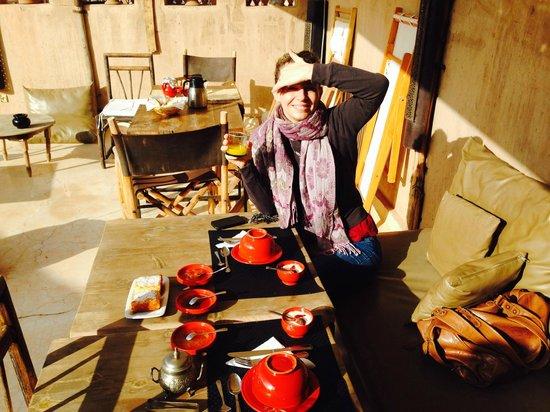 Riad Dar Massai: breakfast on the roof