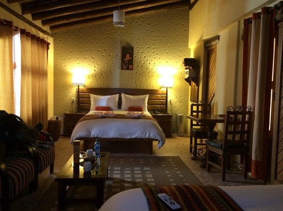 Hotel La Cabana Machu Picchu : Huge room with 2 double beds (we only needed one!!)