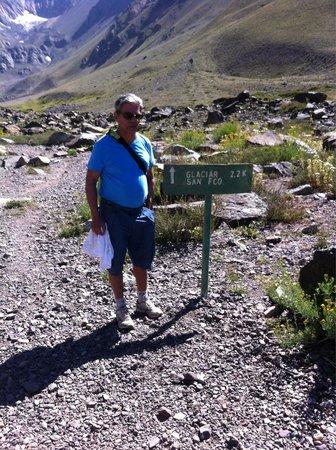 Aguas Panimavidas : Da laguna (segundo marco dentro do parque) para o Glacial são 2,2 km