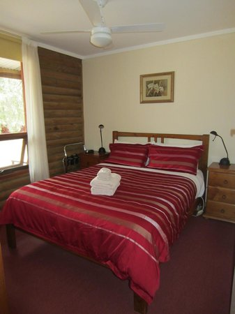 Southern Grampians Cottages: Cottage 7 bedroom 1