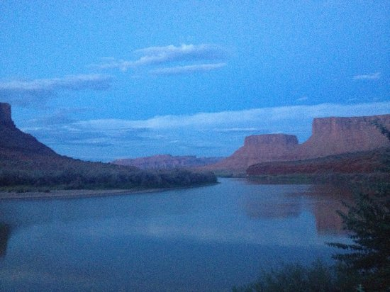 Red Cliffs Lodge: View from the restaurant