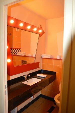 Disney's Hotel Santa Fe: Miroir SDB