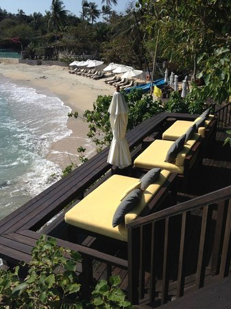 Six Senses Samui : Beds on beach
