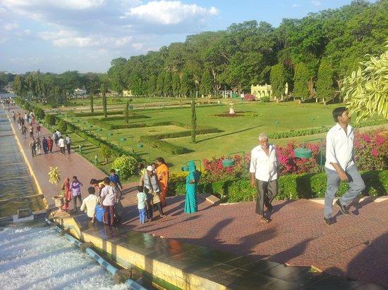 Brindavan Garden : right side