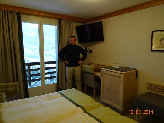 Hotel Eiger : VIEW INSIDE OUR NEW RENOVATED SUPERIOR DOUBLE ROOM NUMBER 449, FEBRUARY 2014.