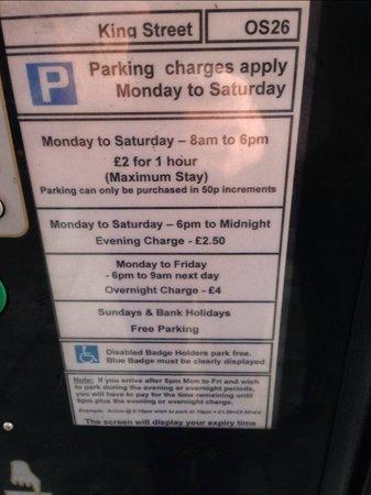 Radisson Blu Hotel, Bristol: Parking Costs one street away from hotel