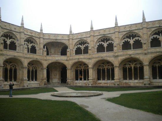 Mosteiro dos Jerónimos (Hieronymuskloster): Pátio interno