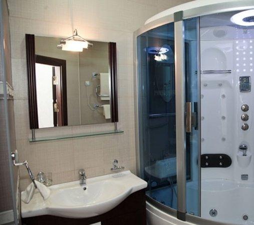 Darhan Boutique Hotel : Bathroom