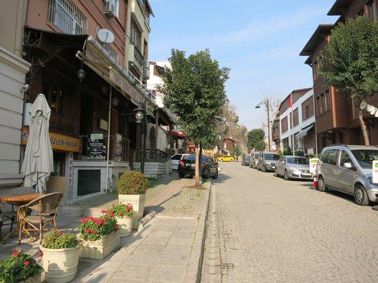 Hotel Novano: улица, на которой находится отель