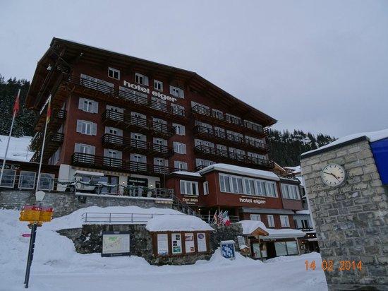 VIEW ON HOTEL EIGER IN MÜRREN, FEBRUARY 2014.