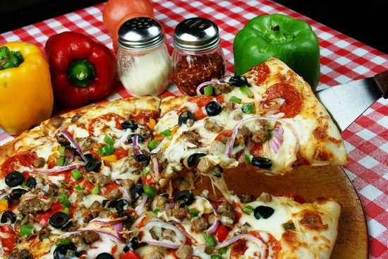 Kitchen Sink Supreme - Picture of Castrillo\'s Pizza - Inglewood ...