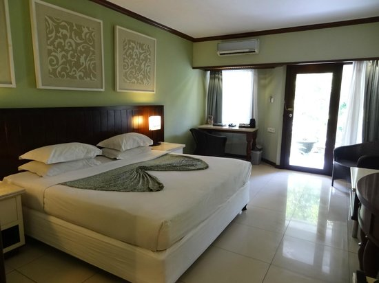 Bali Garden Beach Resort : Room