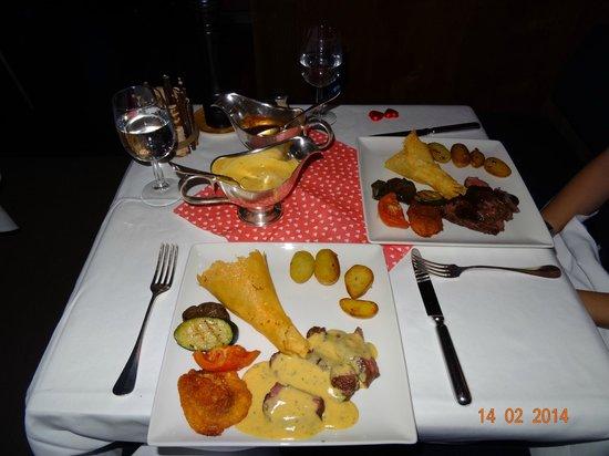 ENJOYING ST-VALENTINE 2014 DINNER IN TÄCHI BAR,  HOTEL EIGER IN MÜRREN, FEBRUARY 2014.