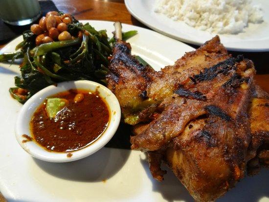 Kafe Batan Waru: Ayam ( Chicken )