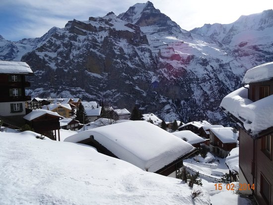 VIEW ON AREA CLOSE TO HOTEL EIGER IN MÜRREN, FEBRUARY 2014.