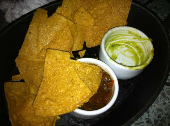 La Bodega Negra: Tiny pot of guacamole cost £6