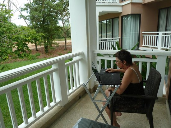 Allamanda Laguna Phuket : fairview from the rooms that all have a balcony