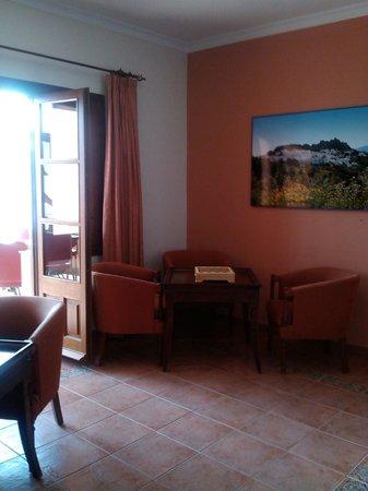 Hotel Caballo Andaluz: SALA DESCANSO