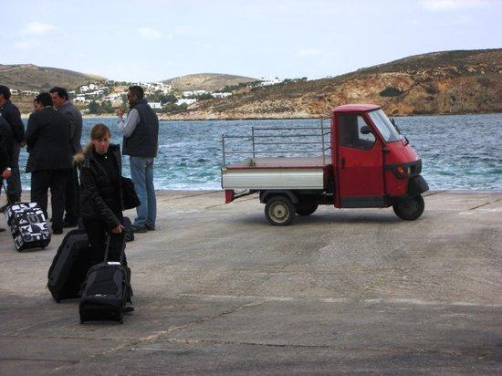 Klein-Venedig: Truck in Mikonos
