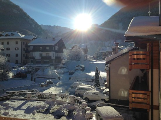 Hotel La Serenella: la vista dalla nostra camera al mattino