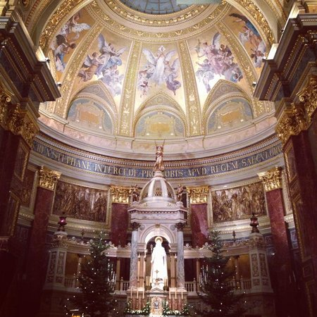 Basilique Saint-Étienne de Pest : Базилика Св. Иштвана