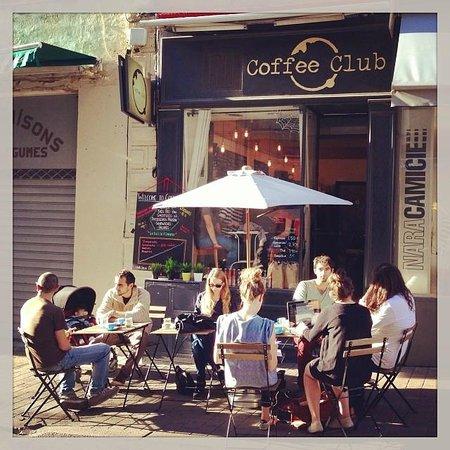 Coffee Club : terrace au soleil