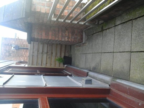 Posh Pads Liverpool ONE : balcony
