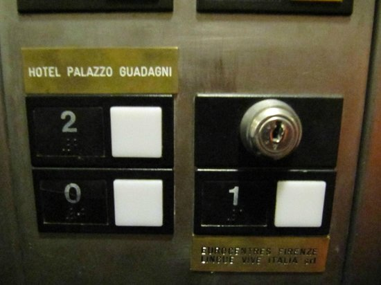 Hotel Palazzo Guadagni: ascensore 2 piano
