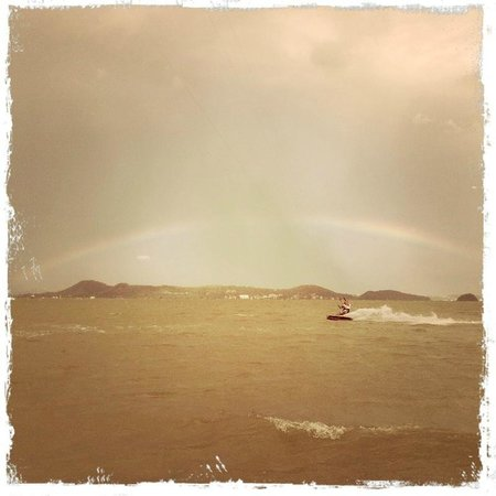 Kite Zone Phuket : Kiting in a rainbow